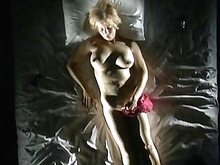 Chubby Retro Blonde Chick Gently Fondles Herself And Masturbates