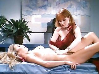 Moana Pozzi Sapphic Scene - Naked Queen (1991)
