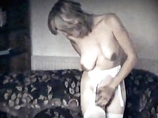 Lonely Heart - Antique Saggy Tits Hairy Beaver Beauty